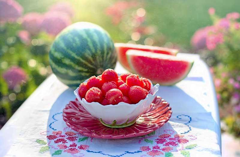 Buah semangka segar